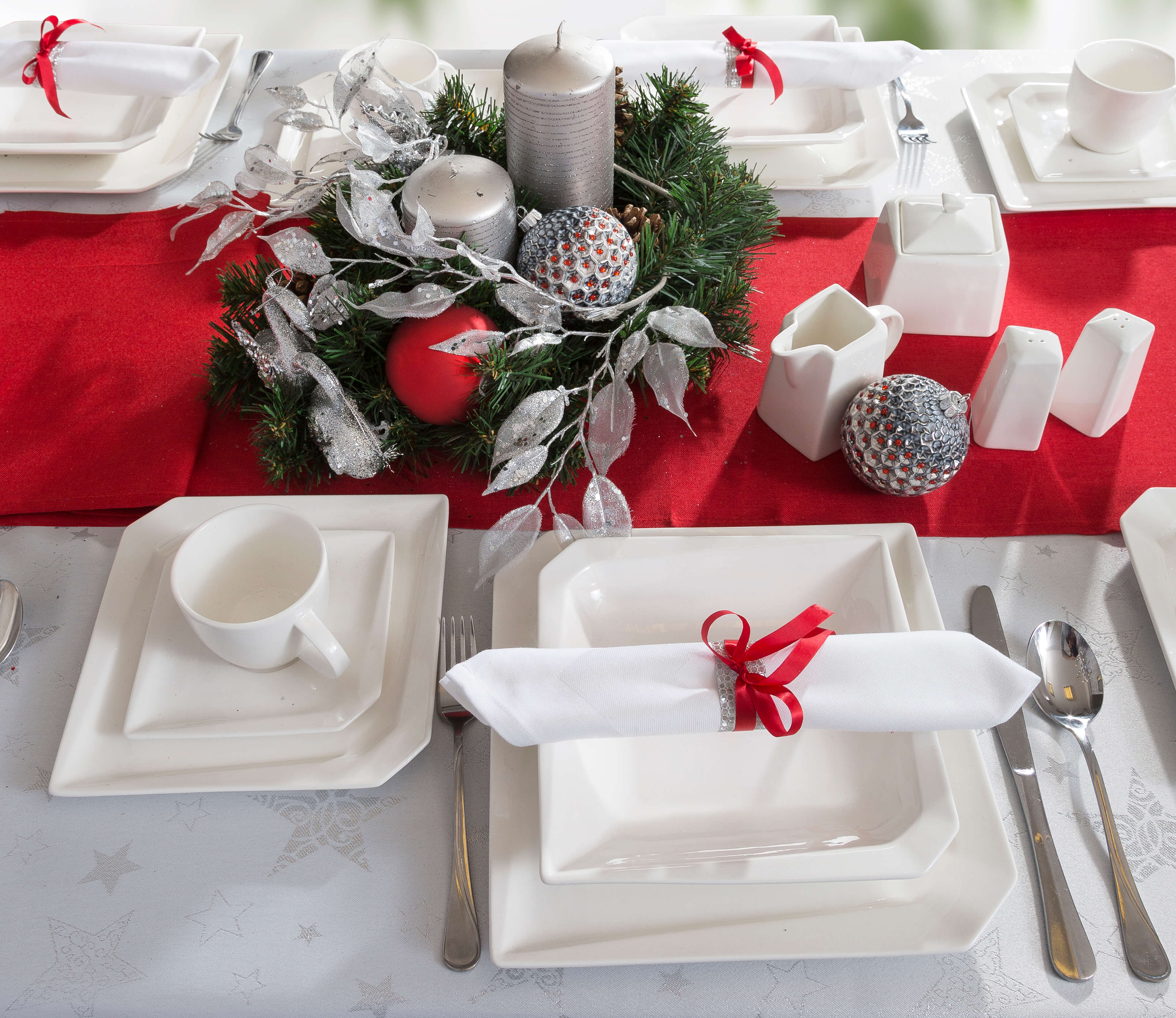 Stwórz stroik świąteczny z gotowych produktów