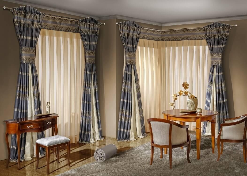 Styl chippendale w salonie – eklektyczna elegancja (2)-min