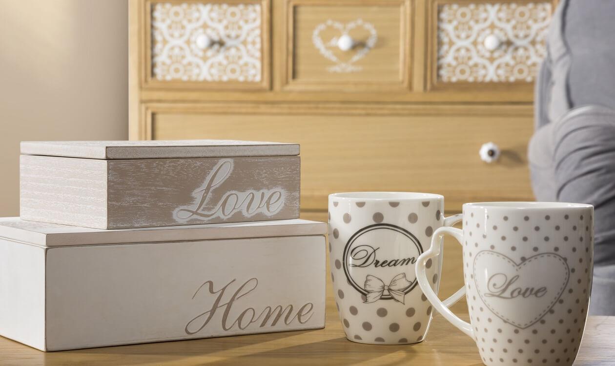 Oryginalne kubki na kawę – 7 wyjątkowych wzorów, które skradną Twoje serce!