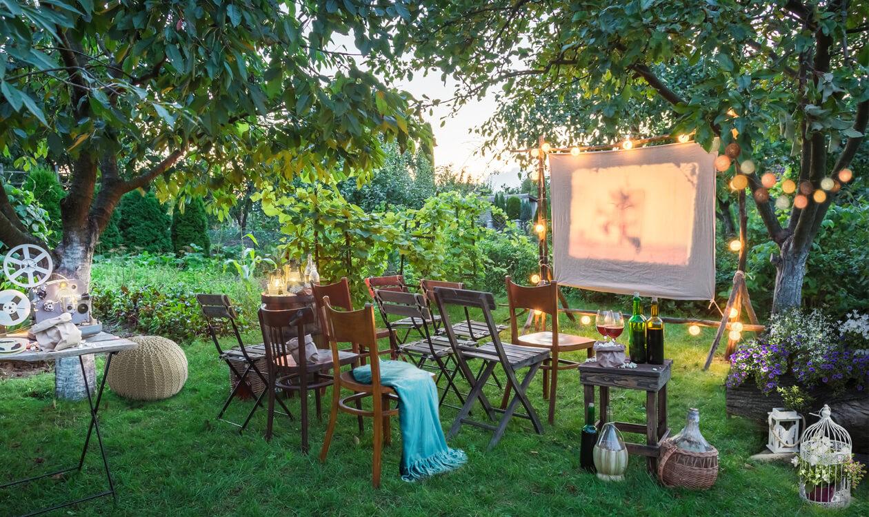 DIY: Kino letnie w twoim ogrodzie