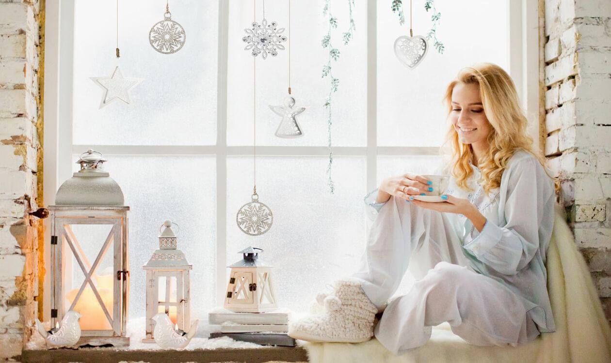 Lampiony i świeczniki – pomysł na przytulną aranżację mieszkania