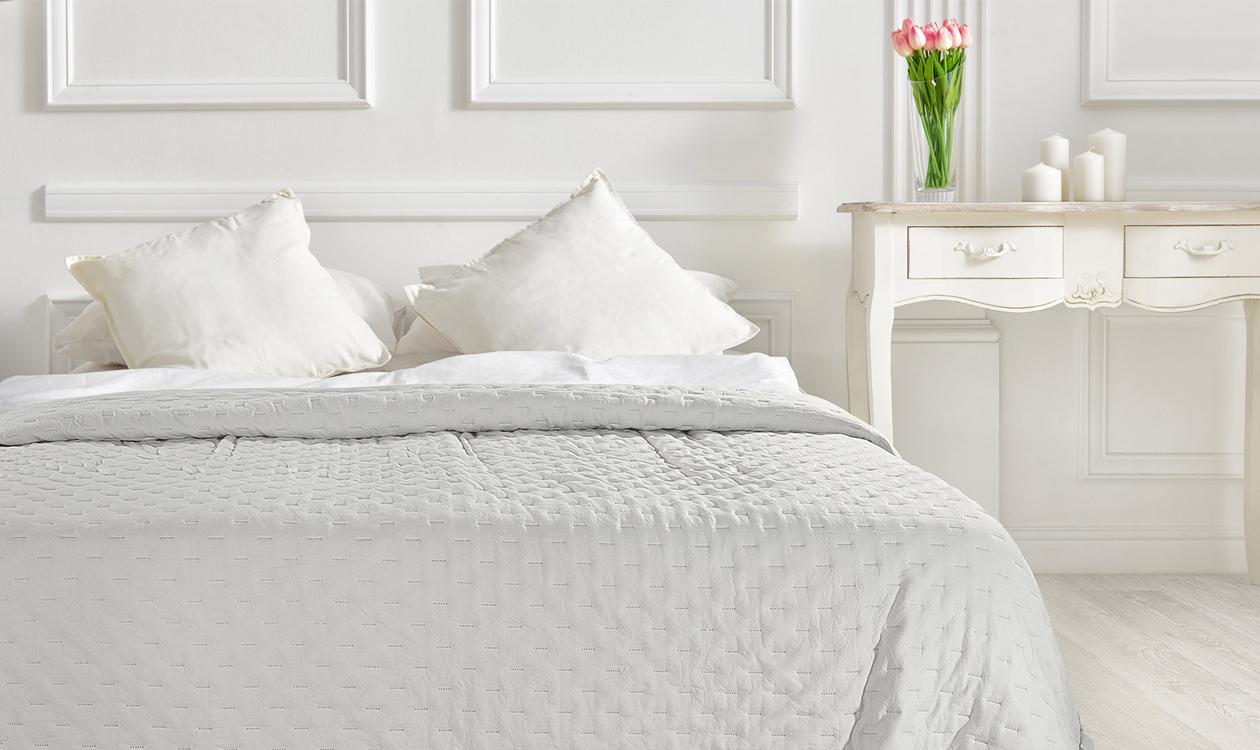 5 Sposobów Na Efektowne Pościelenie łóżka W Sypialni