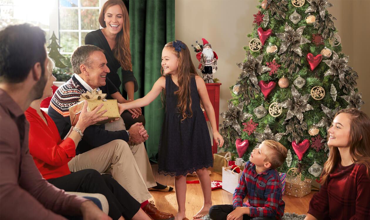 Pomysły na prezenty świąteczne. Jaki prezent dla chłopka, dziewczyny na gwiazdkę?