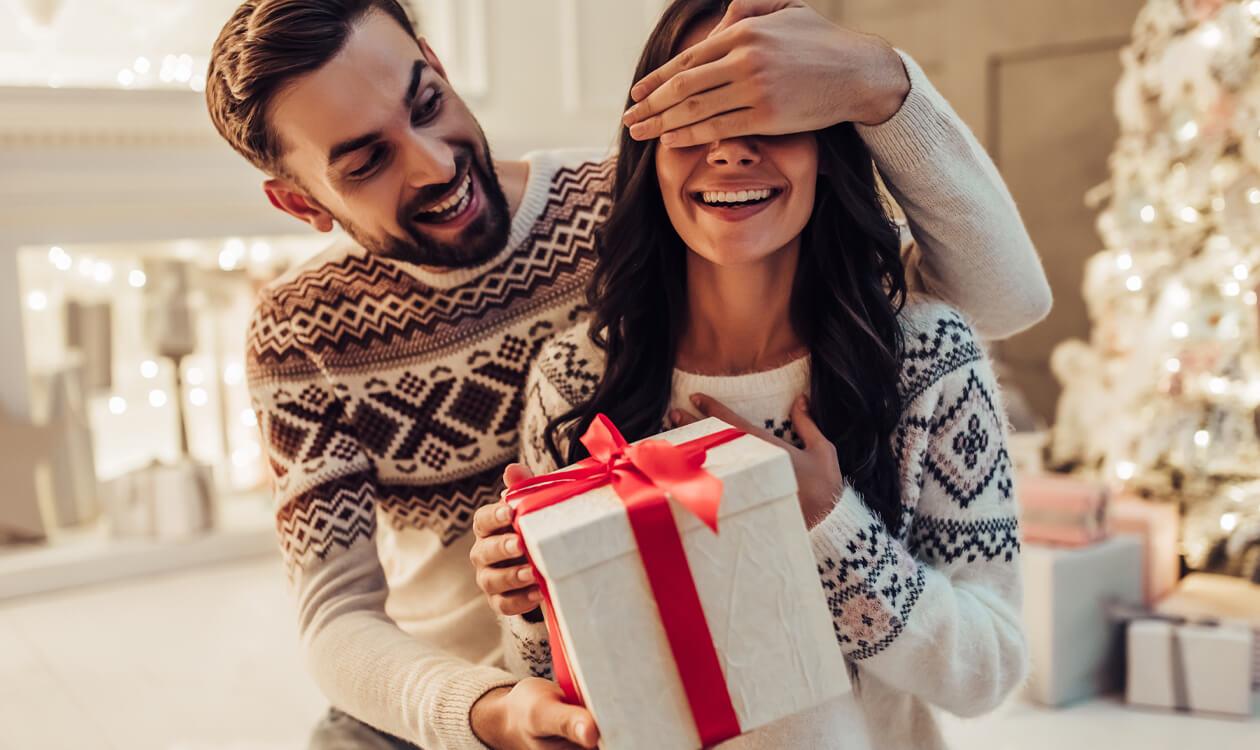 5 propozycji na prezent na Święta dla dziewczyny, kobiety