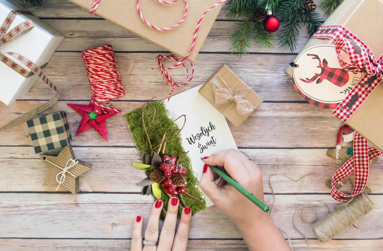 Jak zrobić kartkę świąteczną – ręcznie robiona kartka świąteczna