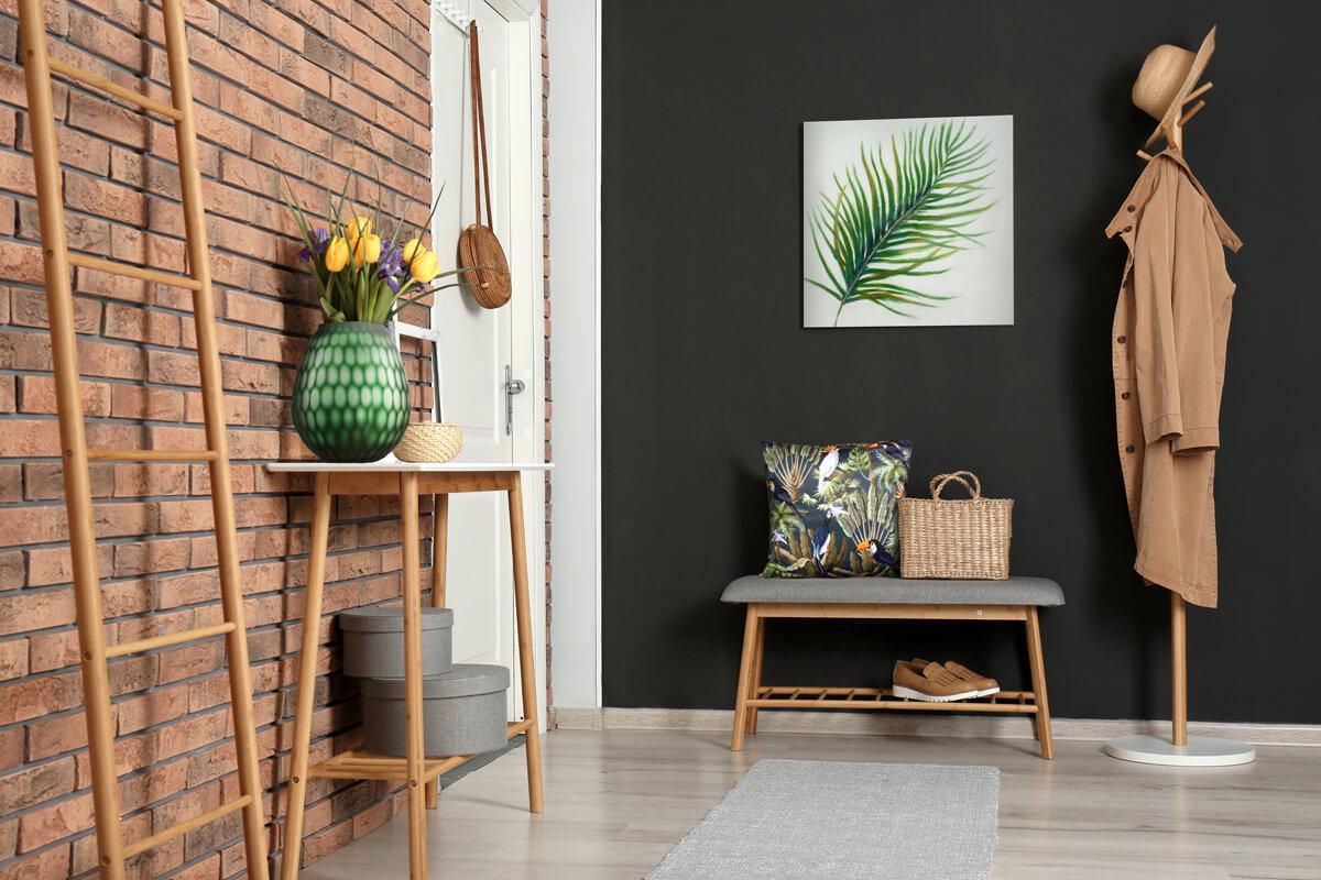 Co na ścianę w przedpokoju? – dekorator Eurofirany radzi