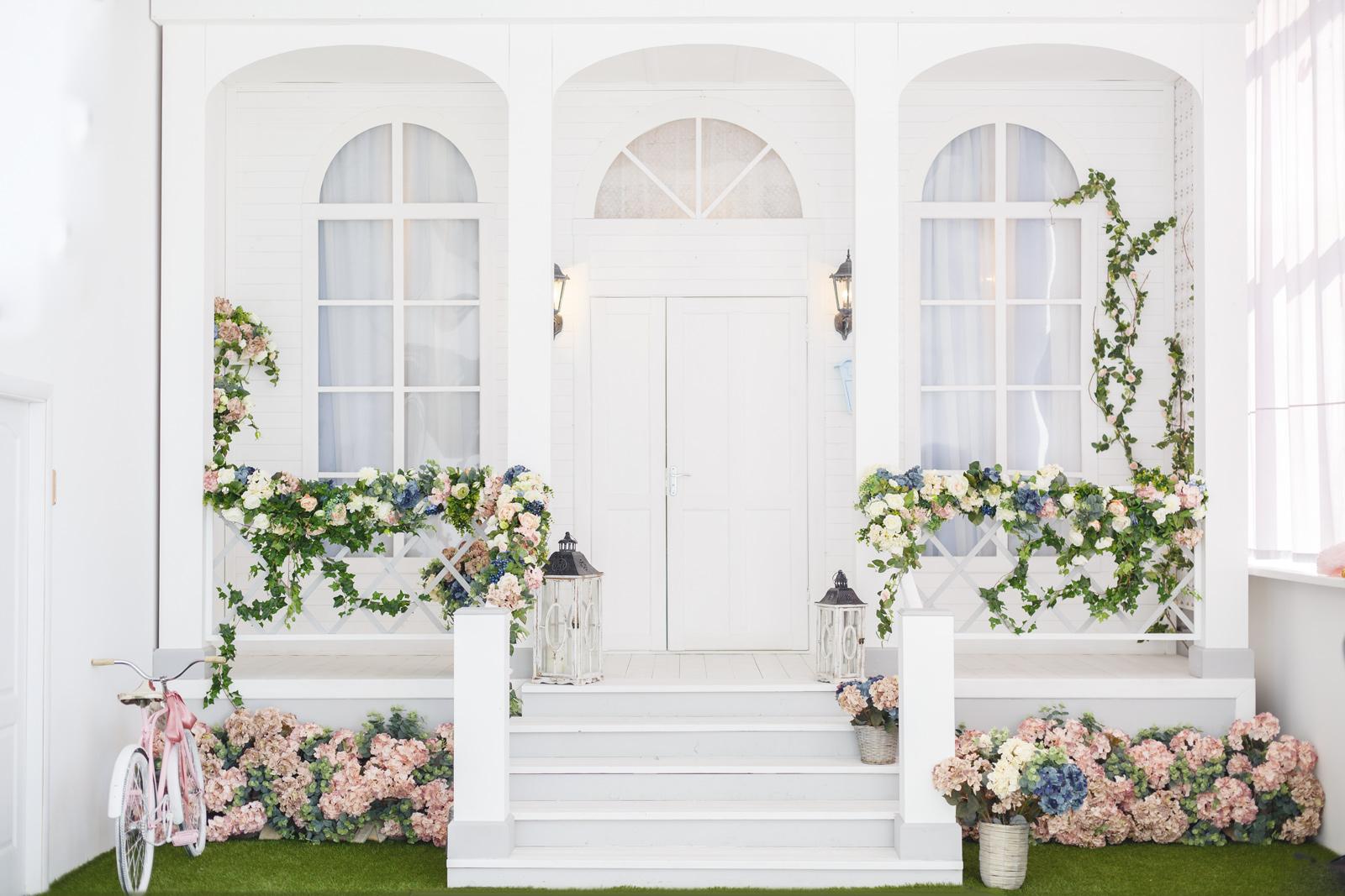 Jak pięknie udekorować dom na wesele?
