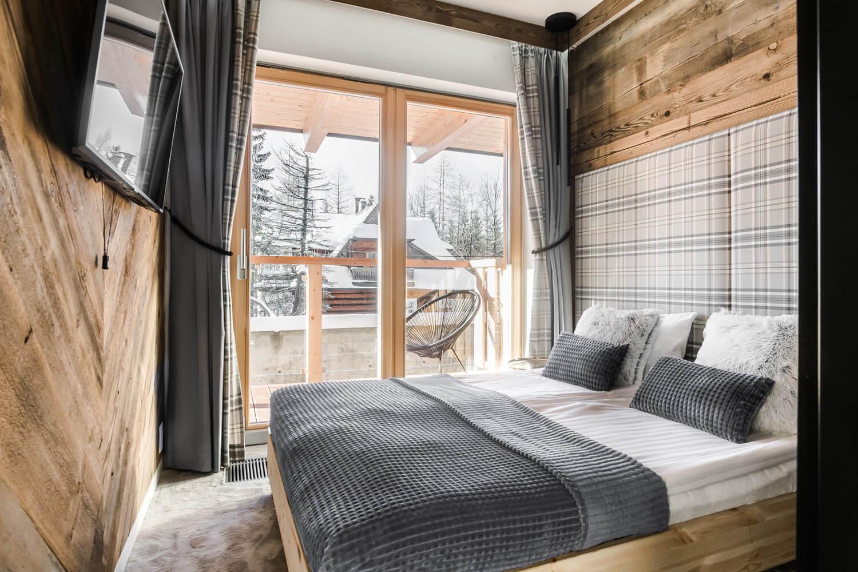 Jak urządzić drewniany dom? – wnętrza domów drewnianych