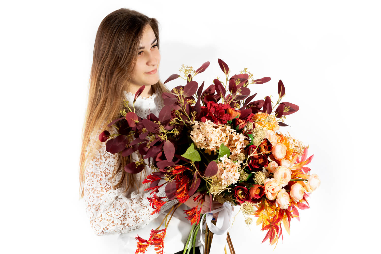 Jak zrobić bukiet ze sztucznych kwiatów?