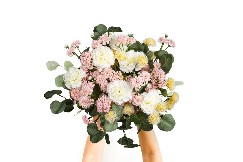 Jak zrobić bukiet ze sztucznych kwiatów