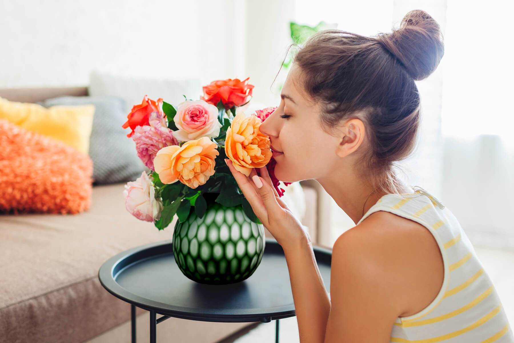 Jak usunąć nieprzyjemny zapach z mieszkania?