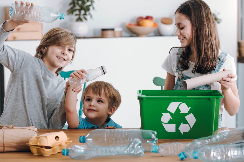 Jak segregować śmieci? Zasady segregacji.