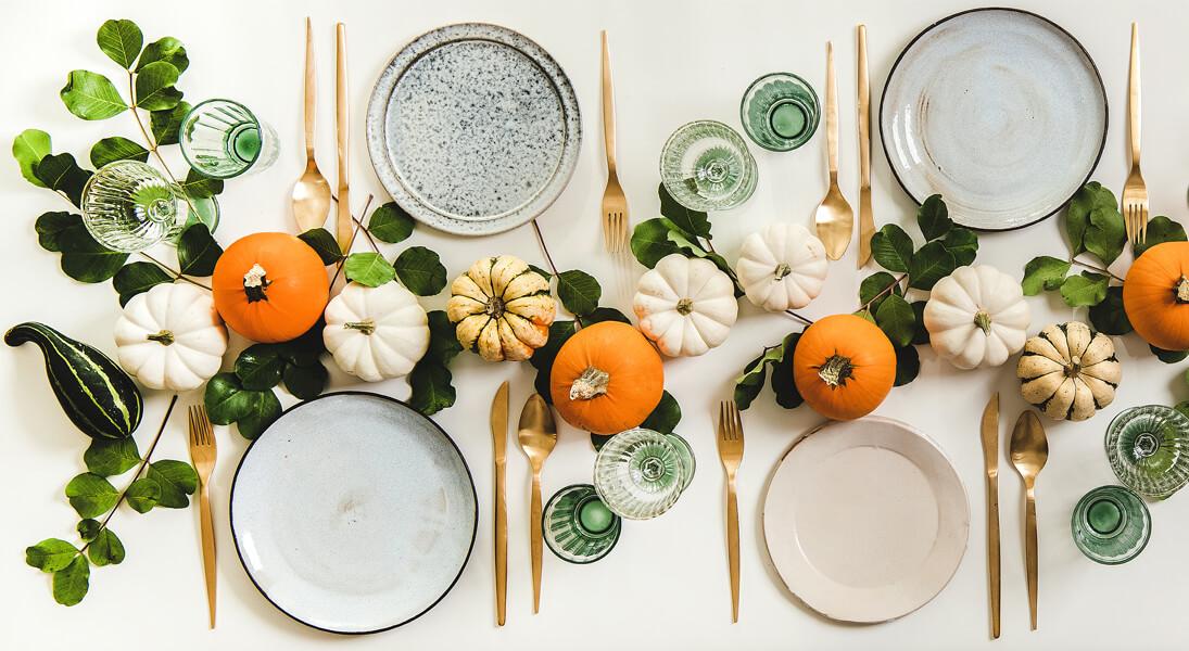 Jesienne dekoracje stołu – ciekawe pomysły